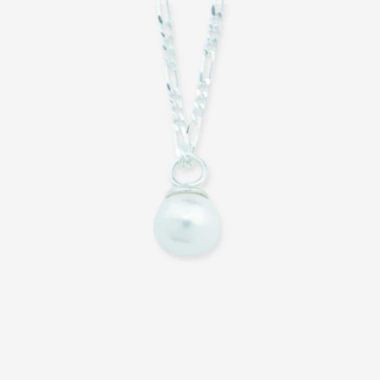 Ocean Treasure oereringe soelv hvid perle